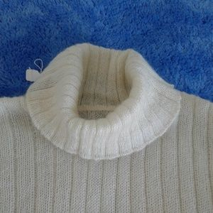 knitted angora/rabbit hair sweater and headbend